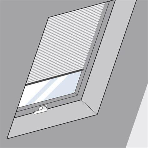 Dachfenster Mit Rolladen by Kunststoff Dachfenster Mit Rolladen Interesting Braas