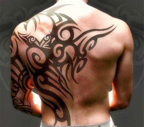 tattoo ali schiena uomo fare un tatuaggio sulla schiena guida completa