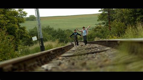 film online usturoi comedia usturoi va fi primul film rom 226 nesc lansat