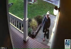 Front Door Security Cameras Package Thieves On Stealing Deliveries From Porches Daily Mail