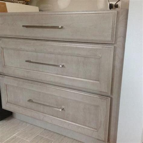 jeffrey alexander cabinet pulls hardware resources shop 635 160sn cabinet handle