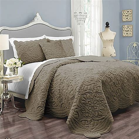 taupe coverlet buy vue signature charlotte queen coverlet set in taupe