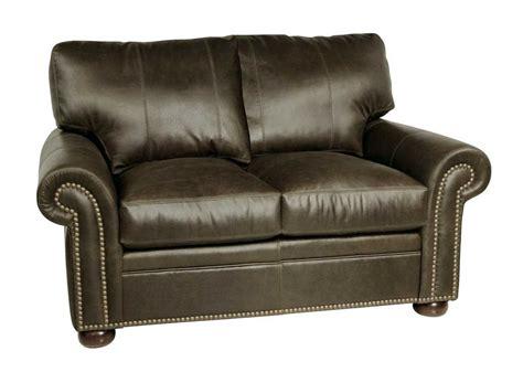 traditional leather sofa set classic leather easton sofa set cleastsft
