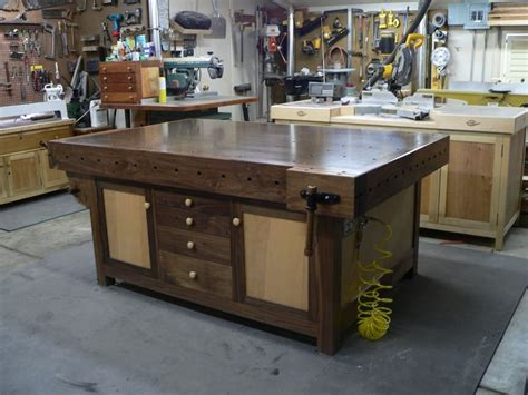 assembly table  fine         home