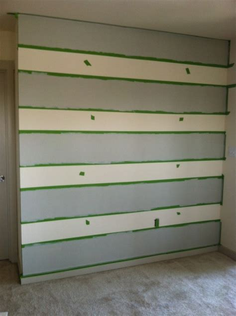 how to paint horizontal stripes on a bedroom wall best 20 painting horizontal stripes ideas on pinterest striped walls horizontal
