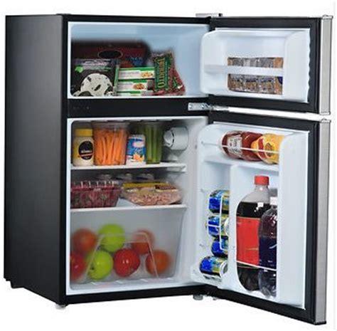 whirlpool kitchen appliances reviews whirlpool compact refrigerator freezer fridge kitchen