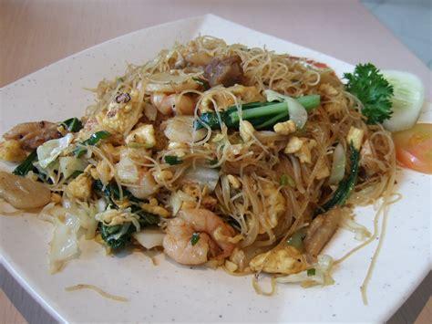 Minyak Goreng Curah Hari Ini Surabaya makanan indonesia sehari hari bihun goreng sebagai menu masakan hari ini resep masakan baru