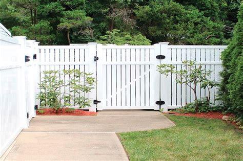 backyard fencing cost best 25 vinyl fence cost ideas on pinterest backyard