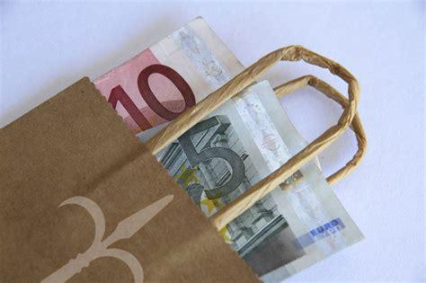 soldi e trieste russo con trieste metropolitana subito 40 milioni