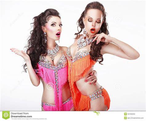 Stages Dress Gil ir de discotecas dos coristas de las en vestidos