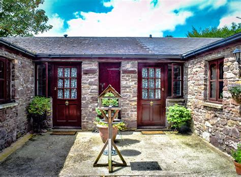 sugar loaf cottages hotels b bs and other places to stay in abergavenny wales