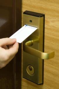 hotel room key card purplecloud technologies hotel technology king of the key card purple cloud tech