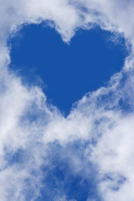 photo heart sky clouds blue sky  image  pixabay