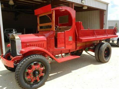 zobic dumper truck trucks 1928 mack ab model dump truck cars pinterest dump