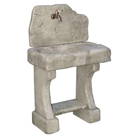 rubinetti per fontane in pietra lavandini in pietra da giardino foto 3 15 design mag