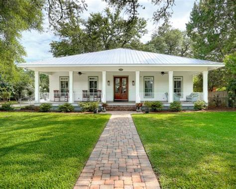 Cathy Schwabe Hip Roof Home Design Ideas Pictures Remodel And Decor