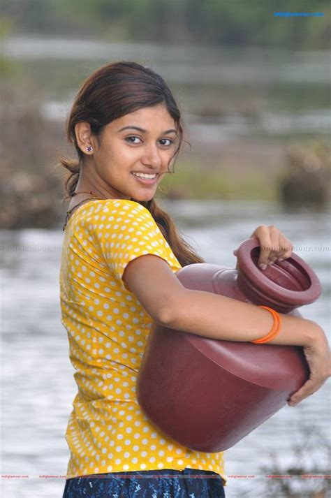 hotlols alesia to see this picture hotlols alesia in full size just manushya mrugam malayalam movie pics 119507