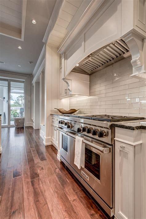 exposed brick kitchen backsplash backsplash pinterest backsplash white kitchen best stove backsplash ideas on