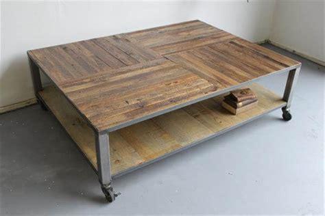 Diy Wood And Metal Coffee Table Diy Pallet Coffee Table With Metal Base Pallet Furniture Diy