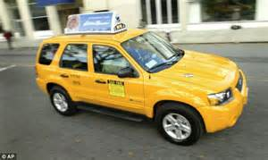 the new year cab new york picks nissan to supply cabs for 10 year contract