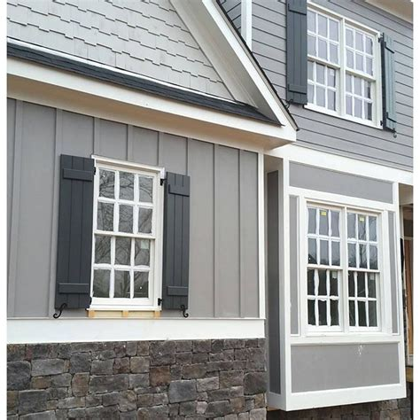 gray shingle paint color sw 7670 by sherwin williams view