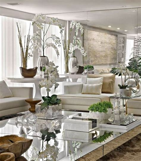 Mirror Tables For Living Room 25 Best Ideas About Mirror Furniture On Pinterest Glam Bedroom Mirrored Furniture And Grey