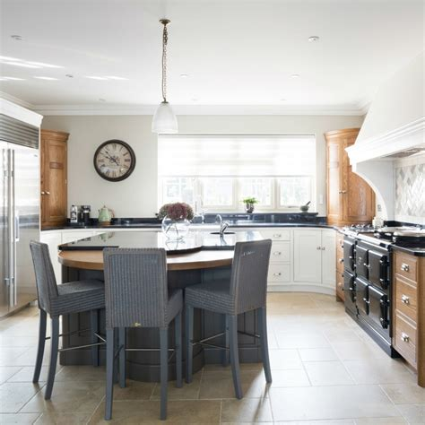 luxury country kitchens luxury country kitchen maldon essex humphrey munson
