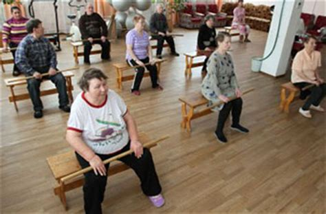 fun activities for elderly people in care homes
