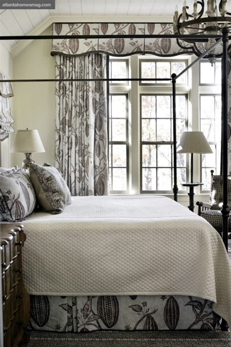black and white shabby chic bedroom neutrals with black and white bedroom shabby chic noir pinterest