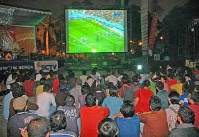 Tv Lcd Murah Di Bali penyewaan lcd projector 087861651476 murah di bali untuk