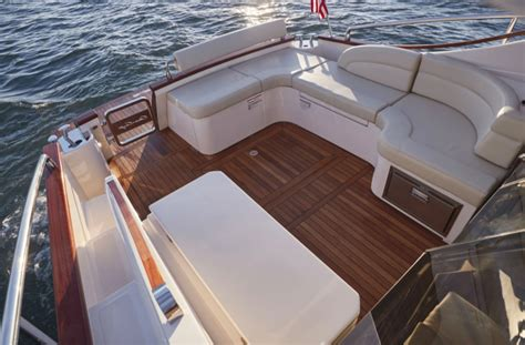 chris craft boats reviews chris craft commander 42 review boats