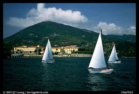 sailboats italy picture photo sailboats sailboats cruising la spezia