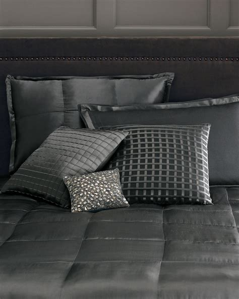 donna karan bedding modern clicshome design 193 best images about makuuhuone on grey bed