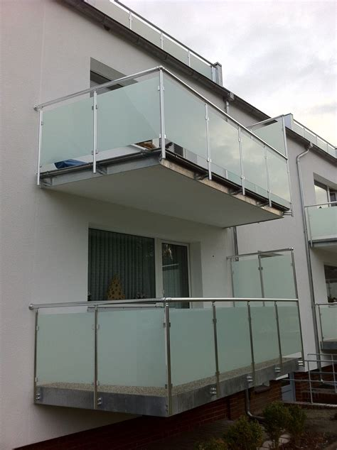 boden kerzenständer mit glas balkongel 228 nder glas aluminium balkon gel 228 nder vsg glas