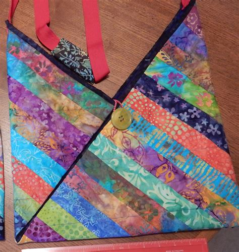 Batik Patchwork - jozart easy patchwork bag in batik friday smile