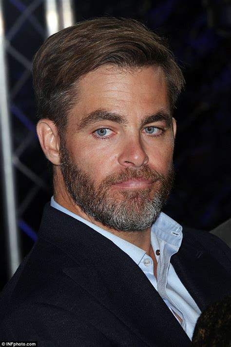 zachary singapore actor chris pine rocked a grey beard at the sydney premiere of