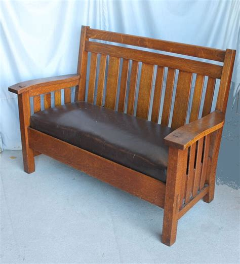 wavy couch best 25 craftsman ottomans and cubes ideas on pinterest