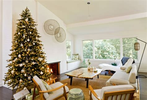 free home decorating how to arrange your room around your christmas tree