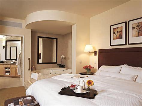 small bedroom remodel ideas تصاميم غرف نوم هادئة جديدة تحتوى على بانيو للاستحمام المرسال 17193   mission bedroom