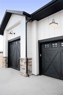 25 best ideas about painted garage doors on pinterest 25 awesome garage door design ideas page 5 of 5