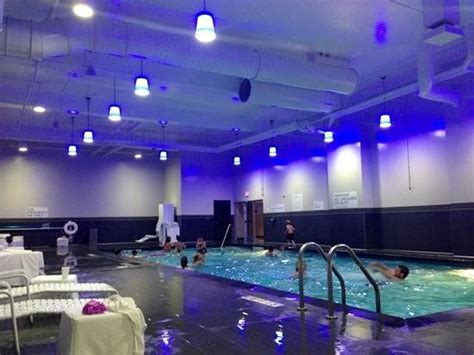 great room mall of america pool picture of radisson mall of america