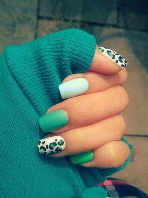 elegant  amazing green nail art designs