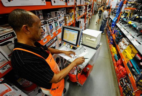 home depot reportedly got warnings about its data security