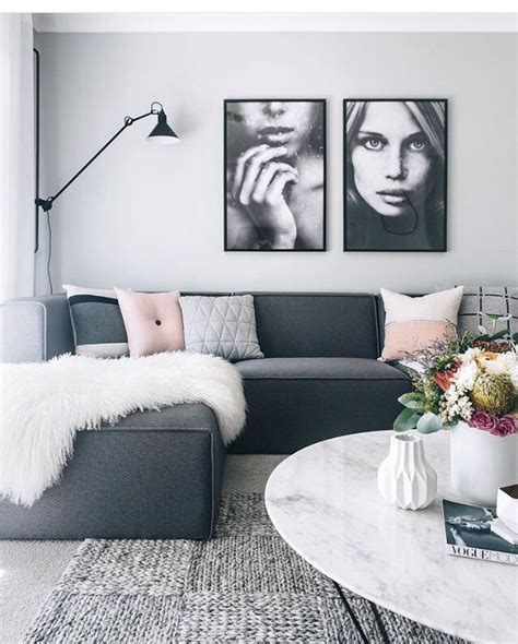 what colour cushions go with dark grey sofa best 25 charcoal couch ideas on pinterest dark couch