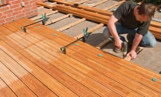 terrasse bauen holz anleitung holz terrasse selbst bauen beplankung diy info