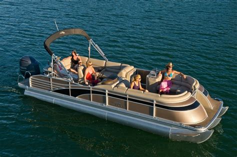 best boat for family of 5 53 best images about 2013 bennington pontoon boat showcase