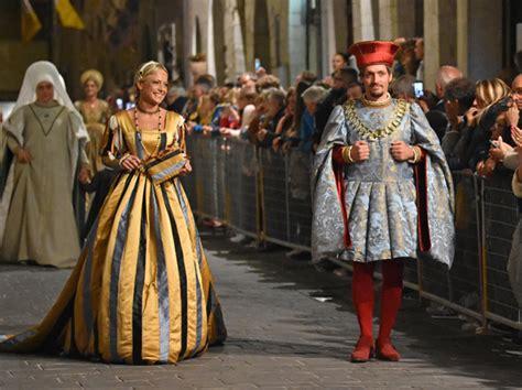 giochi delle porte gualdo tadino i giochi de le porte di gualdo tadino festival medioevo