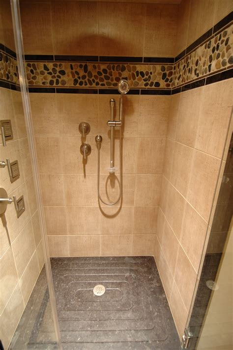Pictures Of Walk In Tiled Showers by Barenzbuilders Walk In Tile Shower Bathroom Showers
