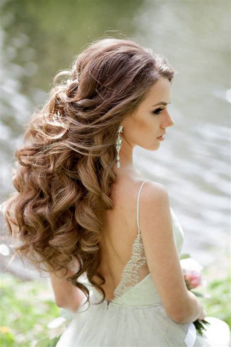 Wedding Hairstyles Hair Wavy by Wedding Hairstyles For A Gorgeous Wavy Look Modwedding