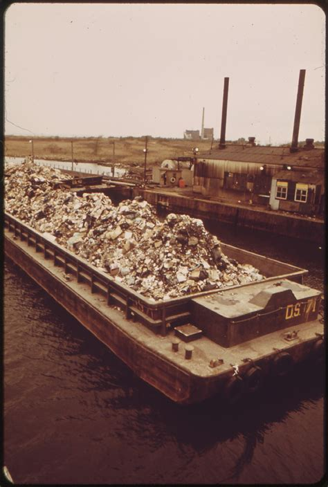 file garbage scow at fresh kills on staten island just - Scow Garbage